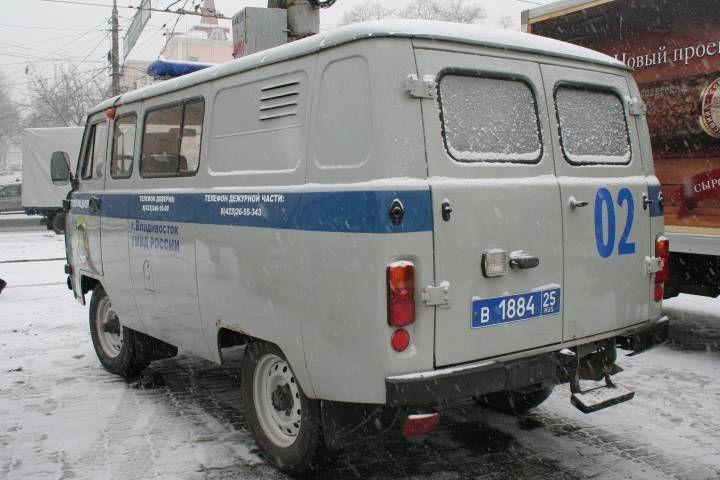 Жителя Уссурийска ограбили иуехали наегоже авто