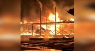 Около шести часов пожарные тушили кафе в Находке