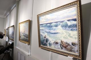 Фото: Екатерина Дымова / PRIMPRESS   Море, небо, корабли: во Владивостоке открылась выставка к 160-летию Владивостока