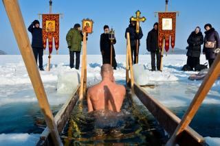Владивостокская епархия рассказала, почему не организует крещенские купели