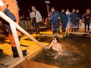 Время смывать грехи: адреса иорданей и купелей во Владивостоке