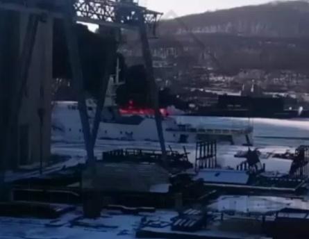 Военные опровергли сообщения опожаре набазе подлодок воВладивостоке