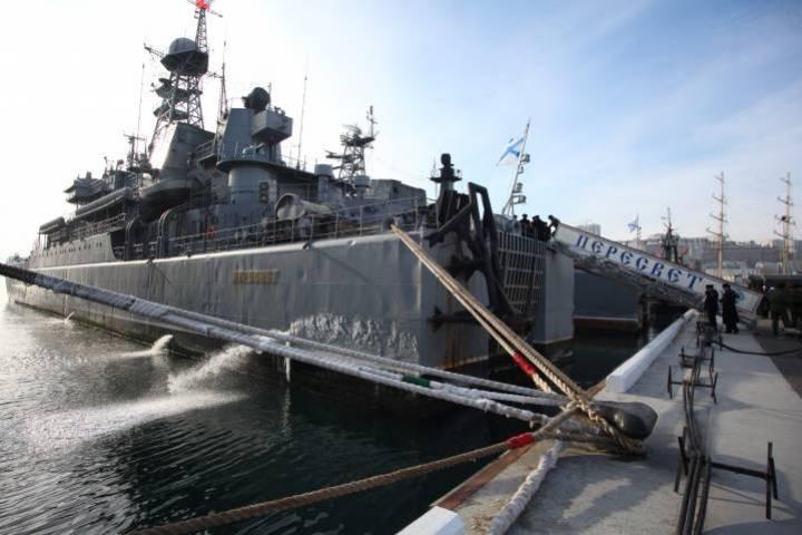 Военный корабль изВладивостока вызвал большой ажиотаж вЯпонии