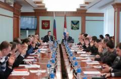 Приморских депутатов предложили лишать зарплаты и полномочий за прогулы