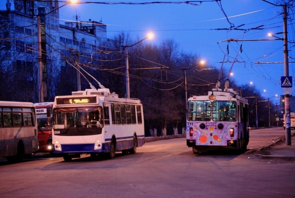 «Ваш билет»: как просыпаются троллейбусы