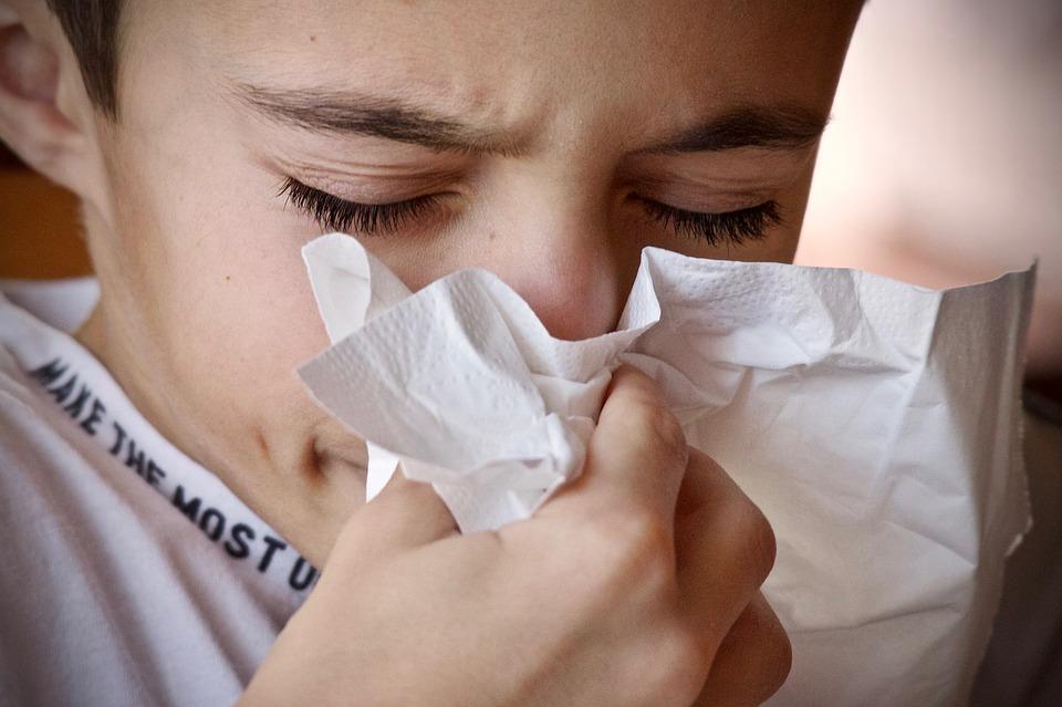10 способов защитить себя от сезонных ОРВИ, гриппа и пневмонии