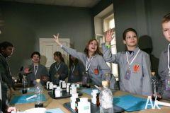 Дети из Приморья смогут самостоятельно выплавить металл и приготовить газировку
