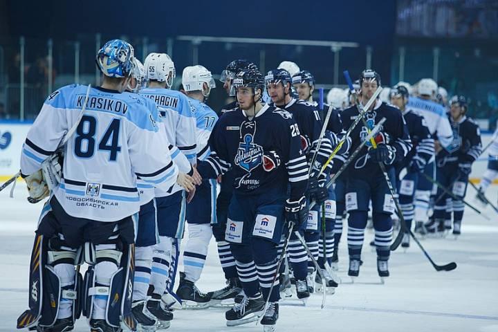 «Сибирь» крупно обыграла основного конкурента навыход вплей-офф— Хоккей