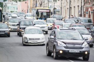 Фото: Илья Евстигнеев / PRIMPRESS | В эти минуты: жесткие пробки сковали Владивосток