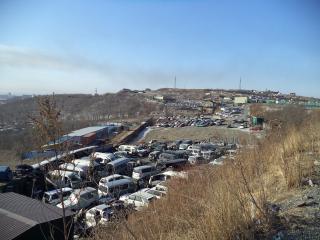 Торговцы автомобилями на «Зеленом углу» во Владивостоке готовы повысить цены