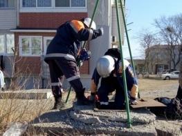 В Приморье спасатели эвакуировали пострадавшего, упавшего в колодец