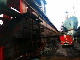 Еще одно судно загорелось в Приморье