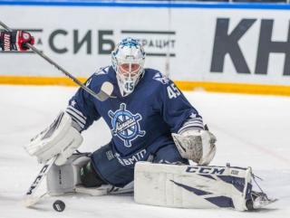 Фото: Татьяна Меель / PRIMPRESS   Владивостокский «Адмирал» проиграл четвертый матч подряд