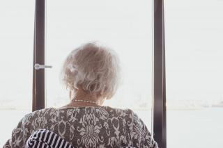 Фото: pixabay.com | Почему работающим пенсионерам не нужно повышать пенсии, уточнили в правительстве