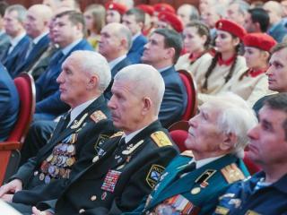 Торжественное собрание в честь Дня защитника Отечества прошло в Приморье