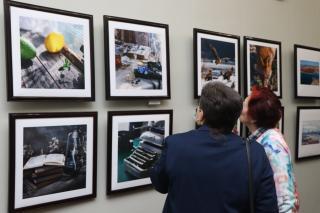 Фото: Екатерина Дымова / PRIMPRESS | Женский взгляд: во Владивостоке открылась фотовыставка «СозвучиЯ»