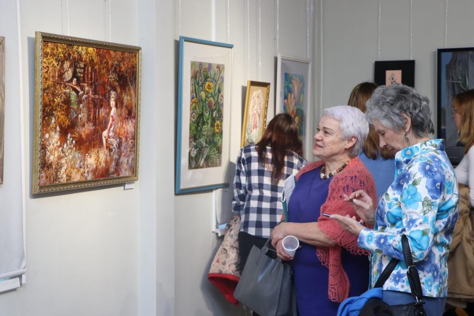 Самая женская выставка открылась во Владивостоке