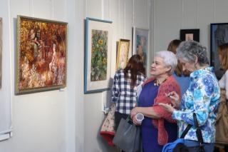 Фото: Екатерина Дымова / PRIMPRESS   Самая женская выставка открылась во Владивостоке