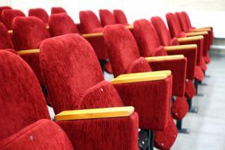 Фото: pixabay.com   Продают билеты на несуществующие спектакли: любимый приморцами театр стал жертвой мошенников