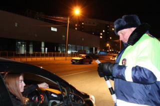 Фото: ГИБДД | Нужно ли садиться в машину к гаишникам и что будет за отказ