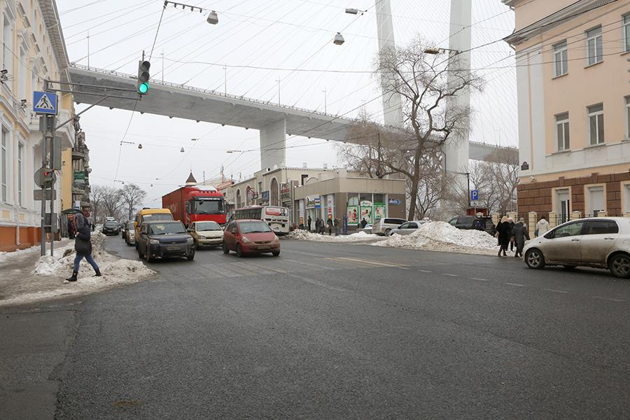 Топ-10 наилучшим образом очищенных магистралей Владивостока