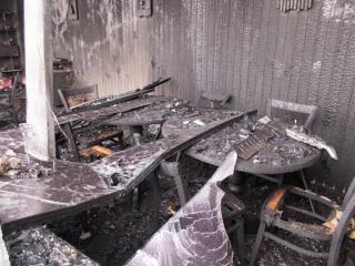 Приморским огнеборцам удалось справиться с пожаром в кафе