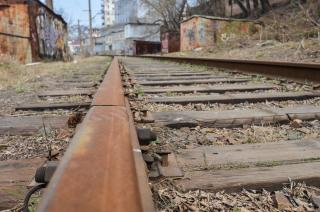 Сотни деталей от железной дороги похитили два приморца