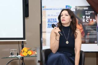 Фото: Екатерина Дымова / PRIMPRESS   Во Владивостоке состоялся творческий вечер Ларисы Белобровой