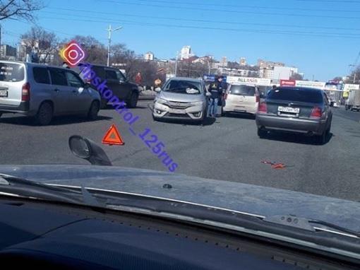 ДТП в районе Второй Речки вызвало негодование автомобилистов Владивостока