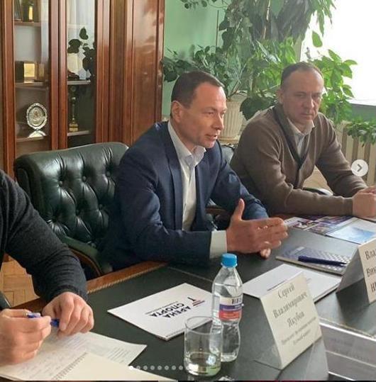 Администрация Владивостока поставила на место Николаева