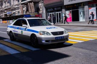 Пьяный житель Приморья умышленно повредил автомобиль сотрудников ГИБДД