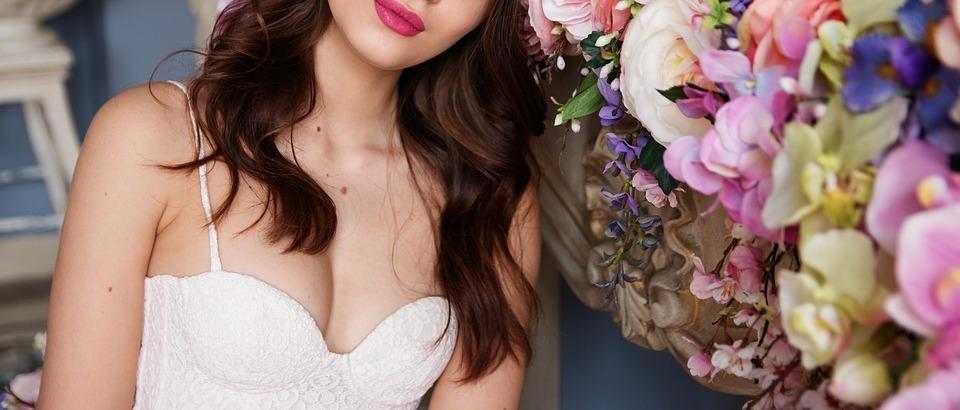 От чего зависит красота женской груди?