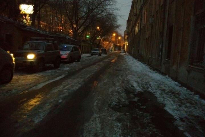 Лед во Владивостоке растаял сам собой, трижды не дождавшись коммунальщиков