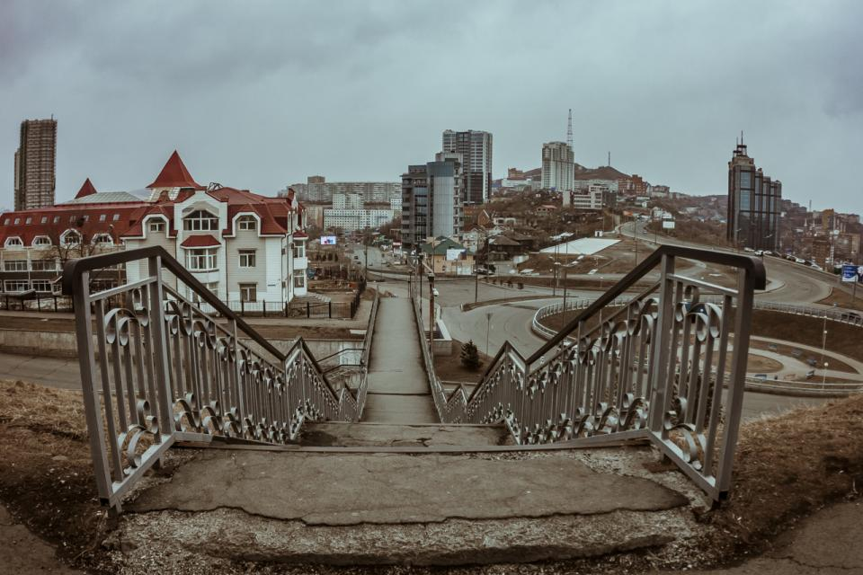 Фоторепортаж PRIMPRESS: как выглядит безлюдный Владивосток