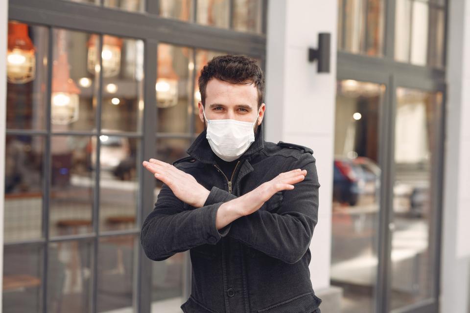 «Нам никто не верил»: вылечившиеся от коронавируса сняли видеоролик