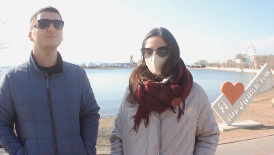 Уличный опрос: жители Владивостока рассказали о своей самоизоляции (видео)