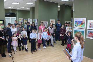 Фото: Екатерина Дымова / PRIMPRESS | Природа Приморья глазами детей: во Владивостоке открылась выставка «От морских глубин до горных вершин»
