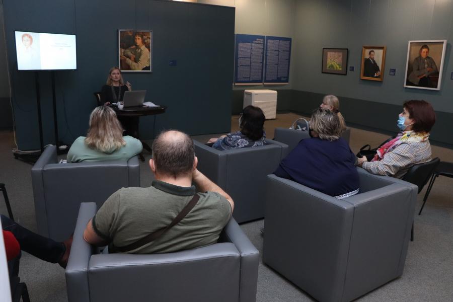 Во Владивостоке проходят лекции в рамках выставки «Зинаида Серебрякова. Из собрания Русского музея»