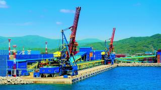 Фото: Наилучшие доступные технологии - основа производственного цикла АО «Восточный Порт»   В АО «Восточный порт» запущеныв эксплуатацию две новейшие пылеулавливающие установки