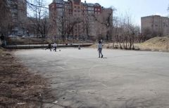 Уличный стыд Владивостока: «убитые» спортивные площадки