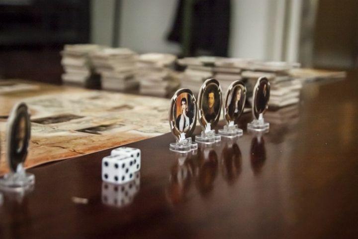 Во Владивостоке разработали настольную игру по мотивам «Анны Карениной»