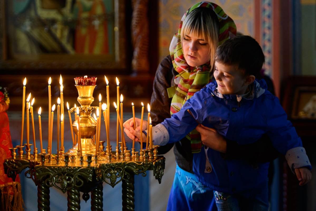 Прихожане храма Казанской иконы Божией Матери встретили Светлую Пасху