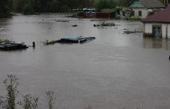 В Приморье подтопило временный мост через реку Кроуновка