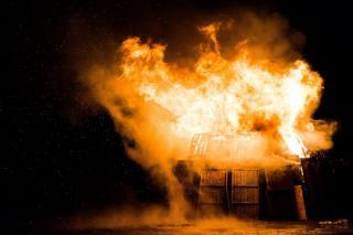 Фото: pixabay.com | Едва не погиб. Сотрудники МЧС спасли мужчину на пожаре в Приморье