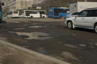 Фото: PRIMPRESS | «За 20 лет стало только хуже»: улица Нейбута во Владивостоке – водительский кошмар