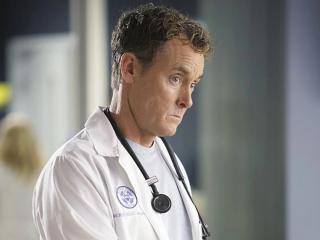 Фото: кадр из сериала «Клиника»   Тест PRIMPRESS: Кто ты из телевизионных докторов?