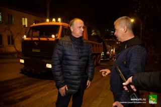 Фото: Анастасия Котлярова / vlc.ru   Ремонт дорог во Владивостоке находится на контроле у главы администрации и общественных наблюдателей