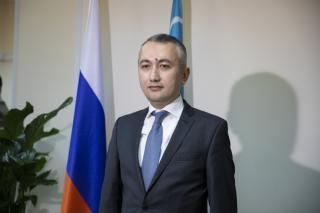 Фото: Генеральное консульство Республики Узбекистан в г.Владивостоке | Выйти из тени: почему узбекистанцы во Владивостоке работают подпольно?
