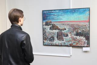 Фото: Екатерина Дымова / PRIMPRESS | Сразу две юбилейные выставки открылись в залах Приморского отделения Союза художников России