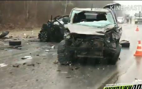 ВПриморье семь человек пострадали при столкновении четырех авто